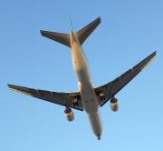 비행기 비행 사진