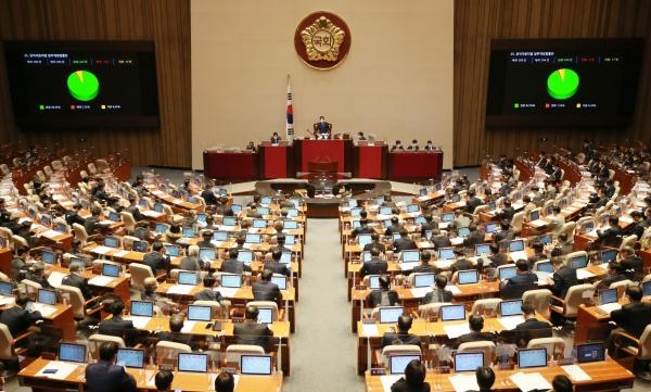 장애계 초선 국회의원들이 발의한 법안이 속속 본회의를 통과하며 국회 진출 성과를 드러내고 있다. (사진=News1)